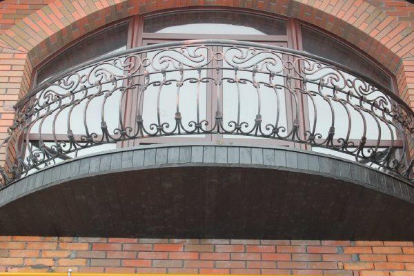 Кованые ограждения балконов Артикул № 052
