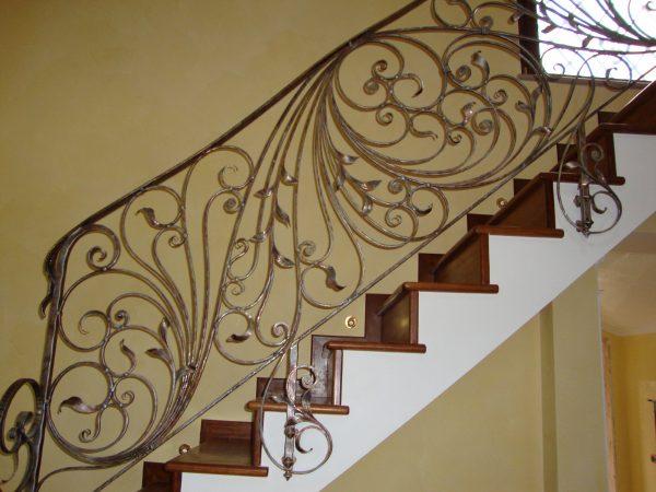 Кованые перила для лестницы с боковым креплением  Артикул № 176