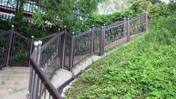 Кованые перила для уличной лестницы Артикул № 214