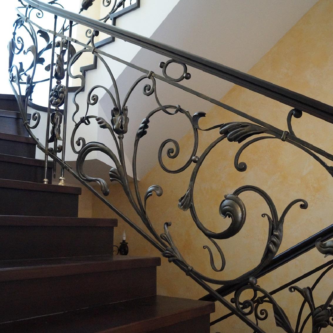Кованые перила для лестницы Артикул № 010