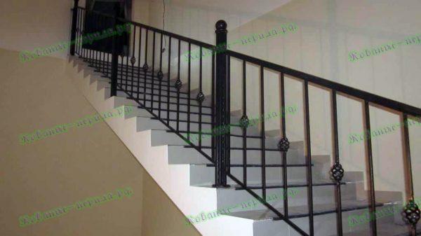 Недорогие перила для лестницы Артикул № 200